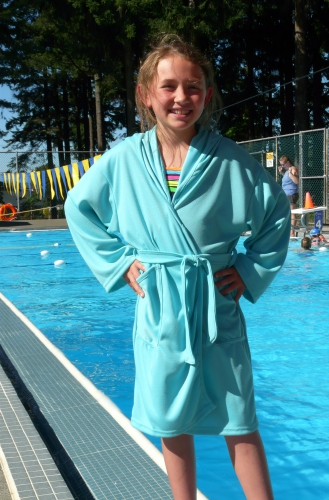 Kid's Hooded Pool Wrap Size M